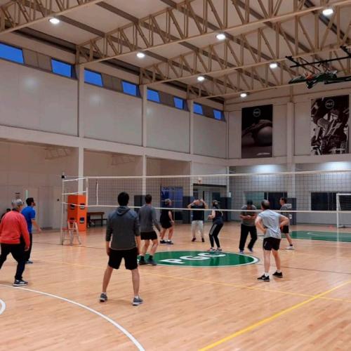 Jugando al Volleyball - Paysandú Golf Club